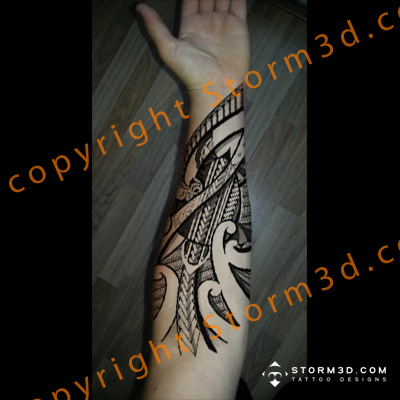 forearm with tribal polynesian turtles patterns in Maori ideas