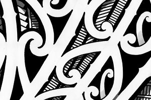 koru-maori-tattoo-curves-spirals-design